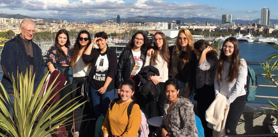 Estudiantes de 2º de Grado en Turismo visitan el Hotel Grand Marina del World Trade Center