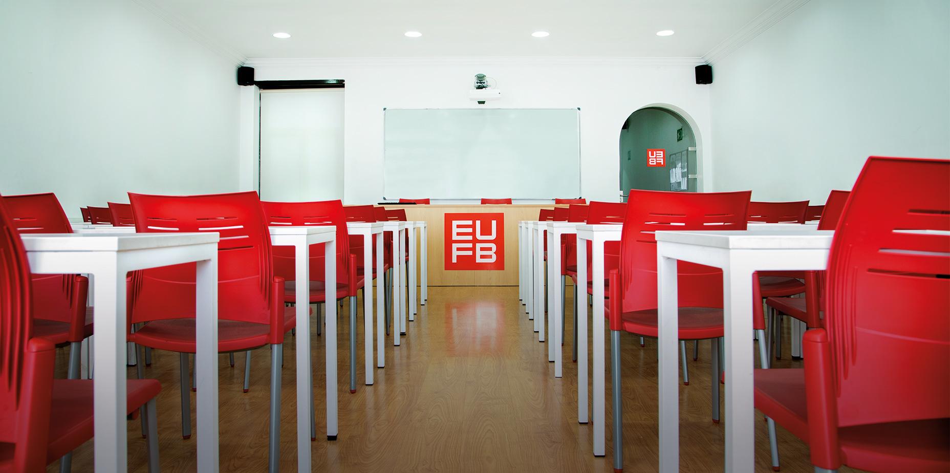 <p>Inscríbete ahora<br /> y aprovecha nuestras<br /> oportunidades</p>  | Escuela Universitaria Formatic Barcelona
