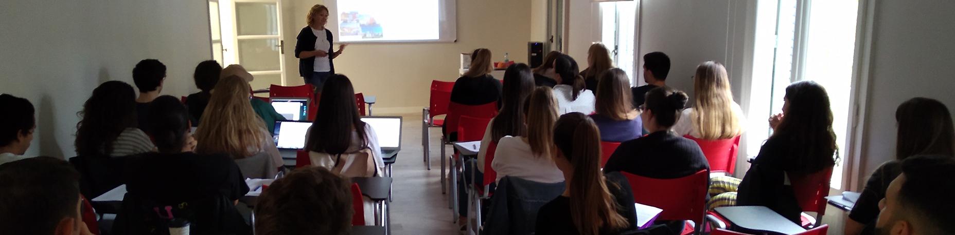Visita Erasmus de la profesora Agnieska Knap-Stefaniuk | Escuela Universitaria Formatic Barcelona